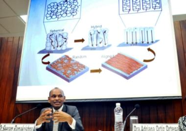 Seeram Ramakrishna, vicepresidente de Estrategia de Investigación de la Universidad Nacional de Singapur.