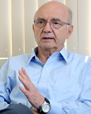 Roberto Meli Piralla, investigador emérito del Instituto de Ingeniería (II) de la UNAM.