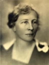 Lillian Moller