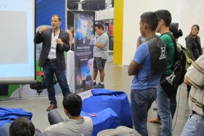 talleres-en-el-workshop-de-la-agencia-espacial-mexicana
